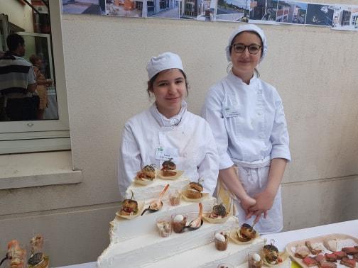 Buffet en extérieur par la formation en cuisine - MFR Pujols