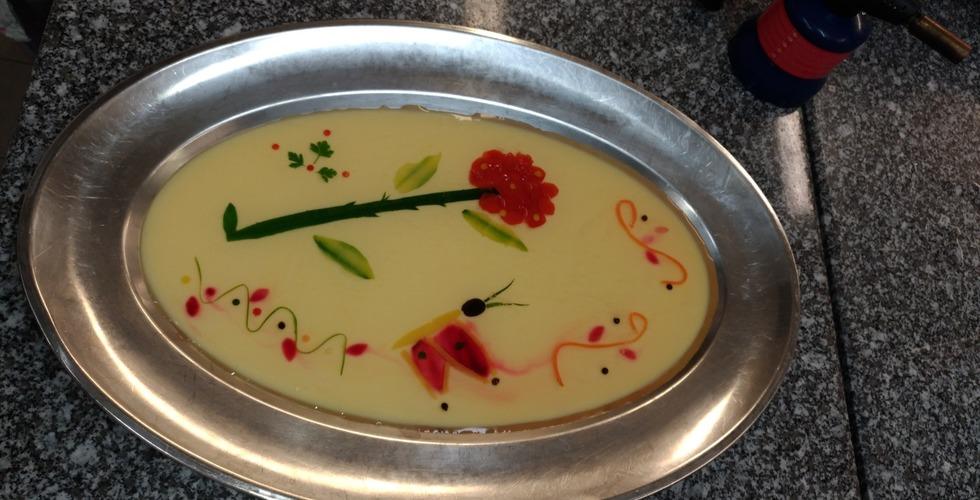 Création de desserts en formation de cuisine - MFR Pujols