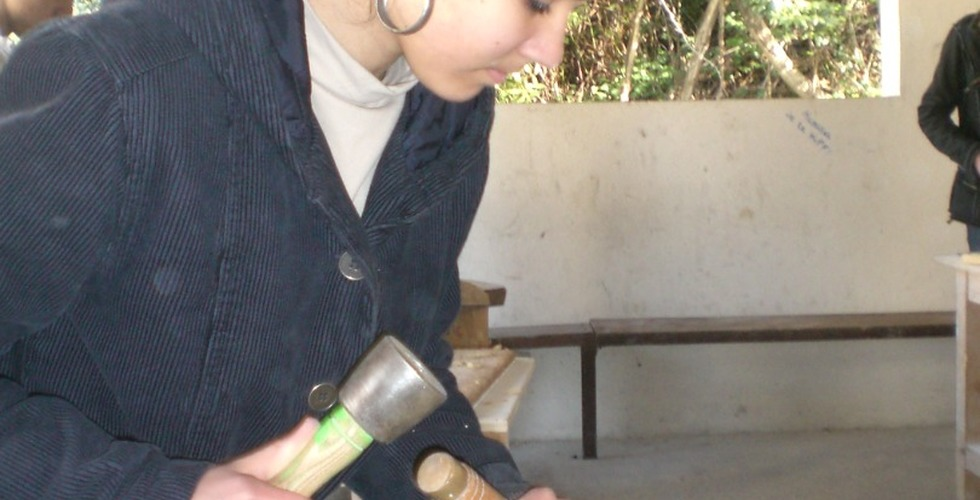 Atelier de pierre en extérieur - MFR Pujols dans le Lot-et-Garonne